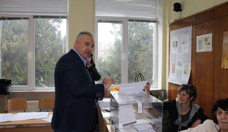 Атанас Костадинов: Гласувам за промяна, развитие и справедливост
